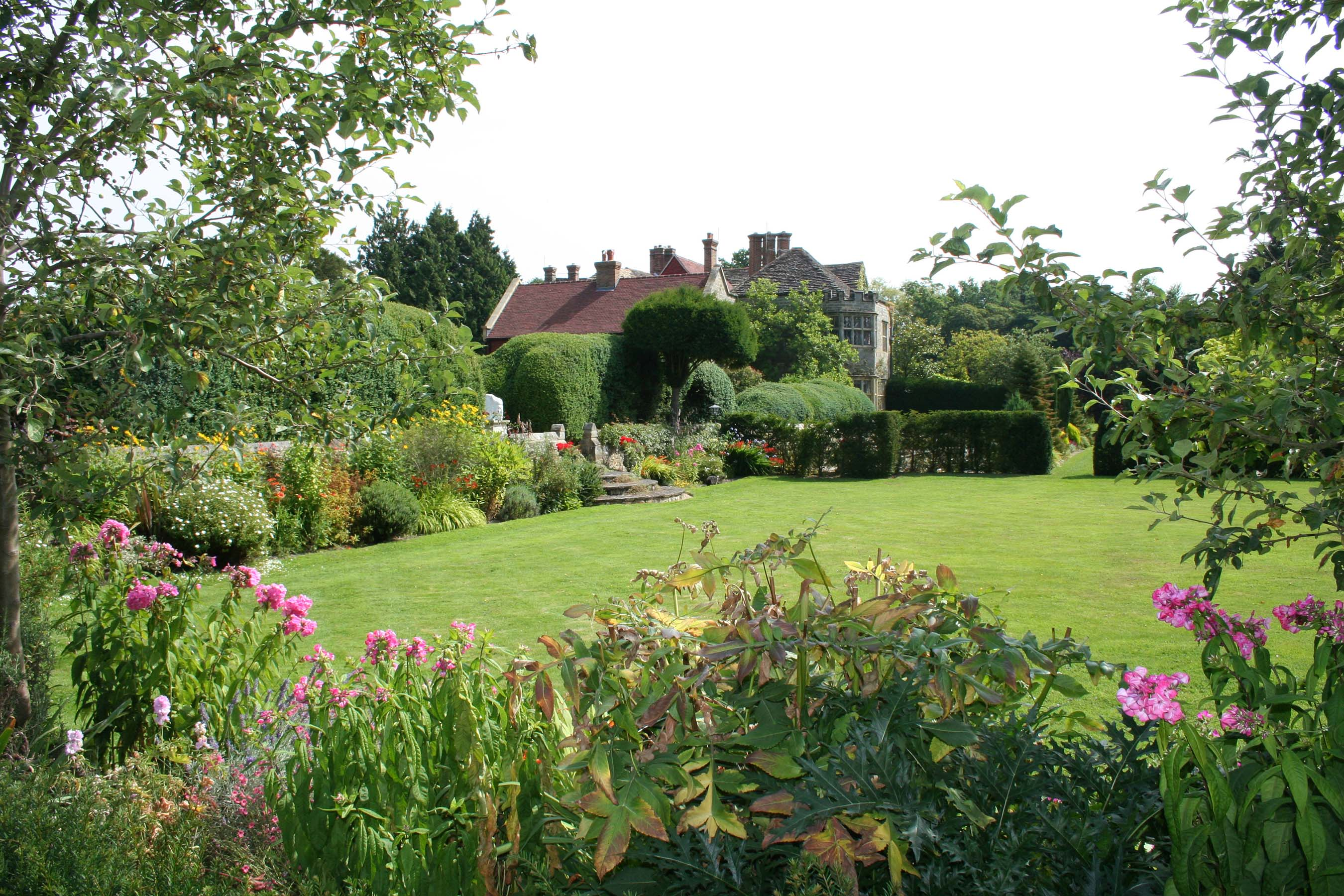 Planning a second wedding? Smallfield Place could be the perfect venue for you.